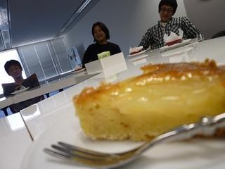 20110405_cake.jpg